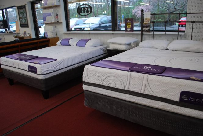 The Savant Iii Is Latest Version Of Our Most Por Icomfort Mattress And Now Enhanced With An Extra Thick Layer Serta S Exclusive Everfeel