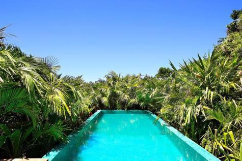 Carrossel aluguel de casas de luxo Villa37 em Trancoso Bahia 3
