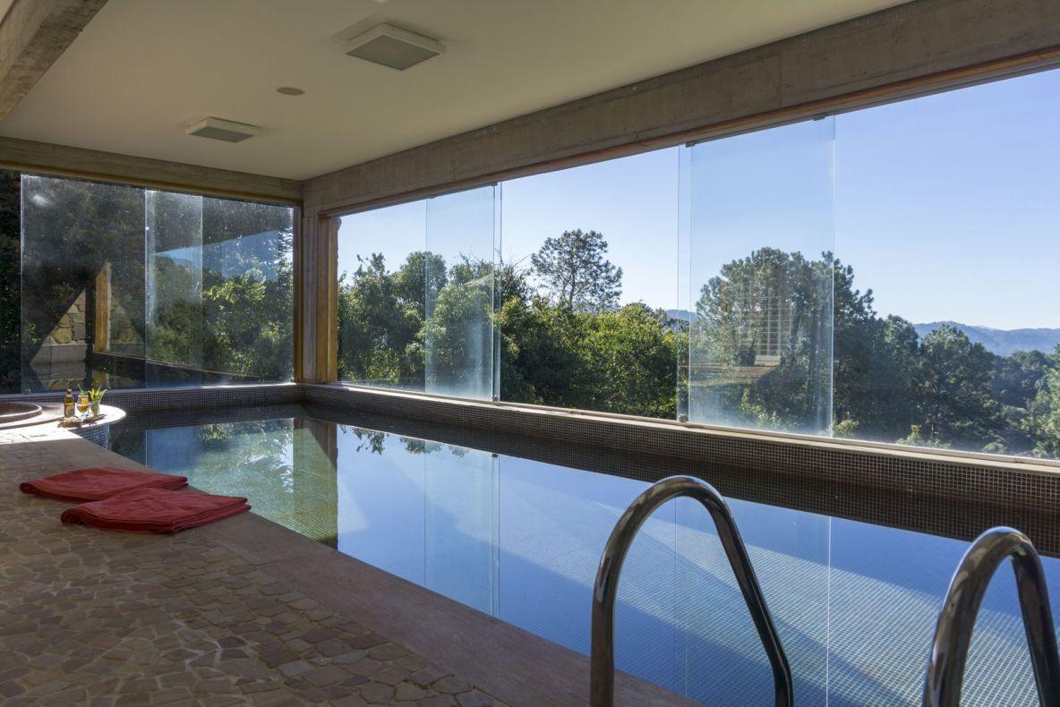Carrossel aluguel de casas de luxo Villa07 em CAMPOS 8