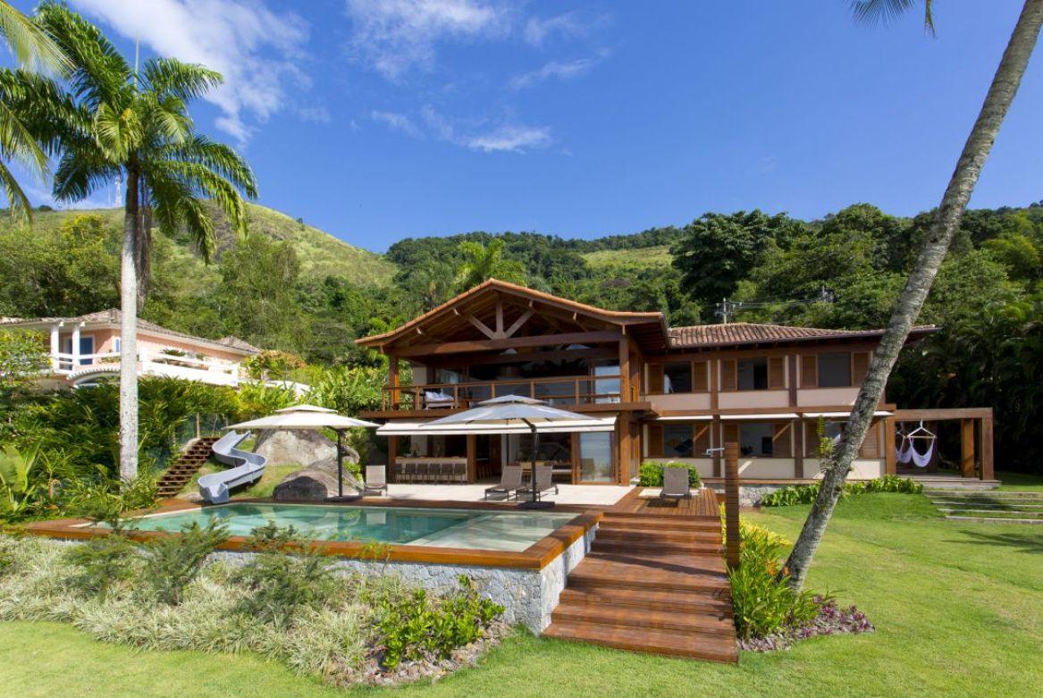 Carrossel aluguel de casas de luxo Villa17 em Angra dos Reis Rio de Janeiro 3