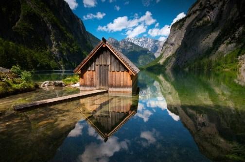 bootshaus-obersee-berchtesgadener-land-spiegelung