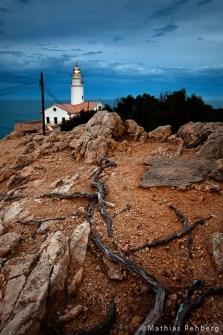 Leuchtturm-Cala-Ratjada-Mallorca-hochkant