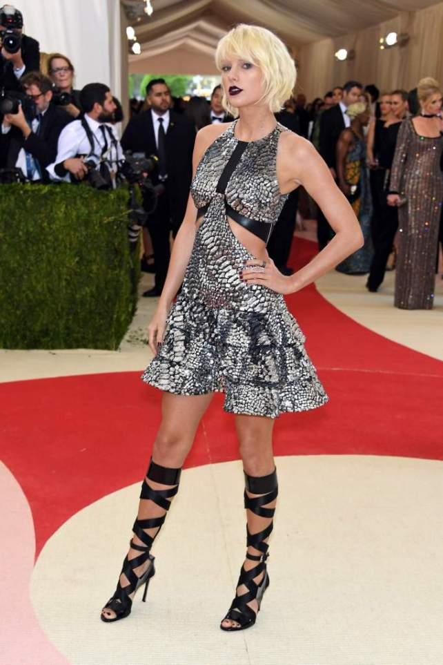 Taylor Swift veste Louis Vuitton