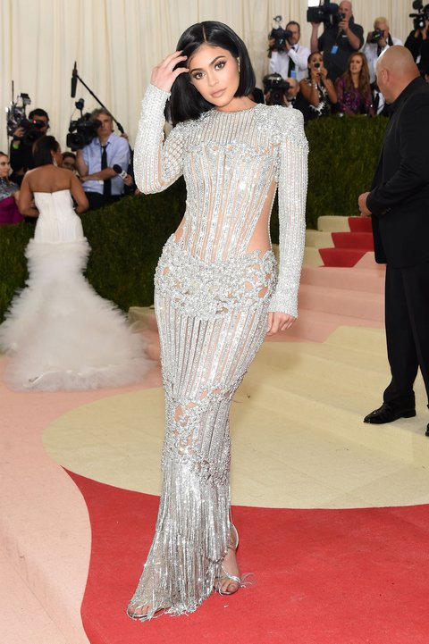 Kylie Jenner veste Balmain