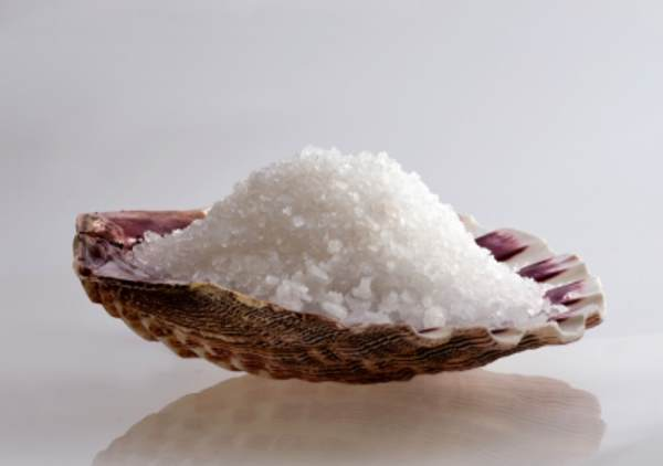 Hemp salt scrub for sale online in Hawaii. Shop Hawaii silver seas full spectrum hemp salt with minerals and enzymes from the ocean.