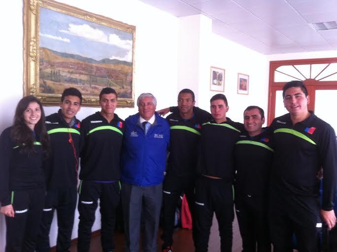 Club de atletismo Cauquenes se reúne con alcalde y solicitan respaldo
