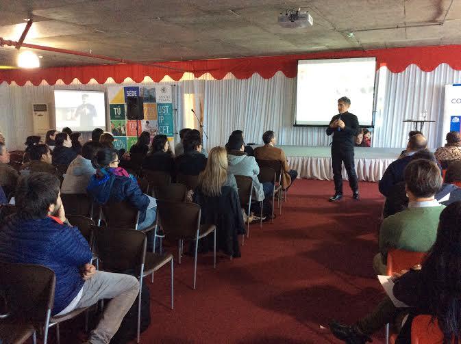 """Seminario """"Contracorriente"""" dio espacio para dialogar sobre competitividad y decisiones en los negocios"""