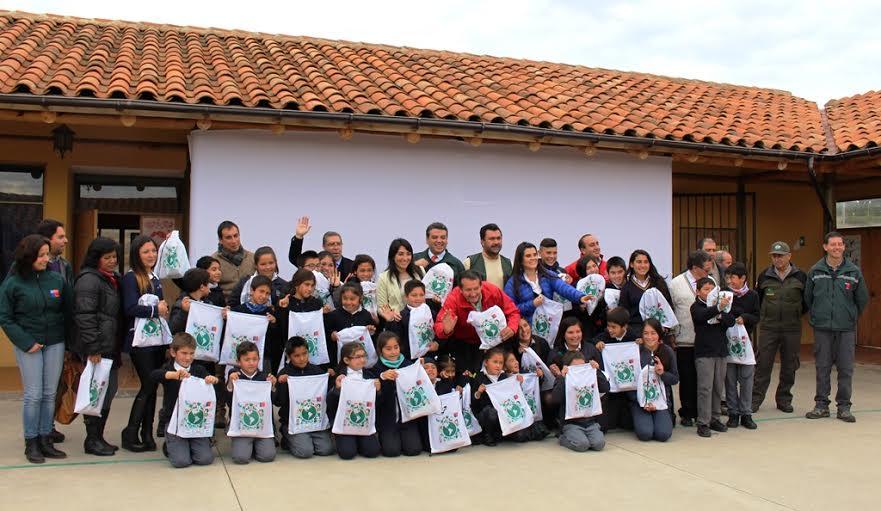 El SAG celebró el día mundial de las aves en Vichuquén