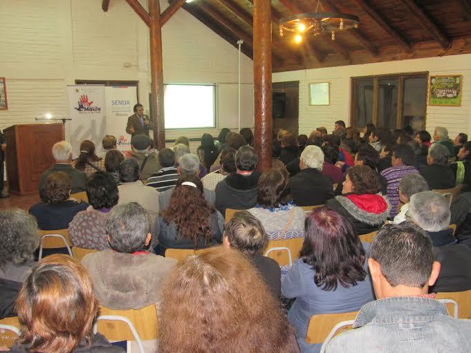 SENDA Previene Maule realizó seminario para dirigentes vecinales promotores de la prevención