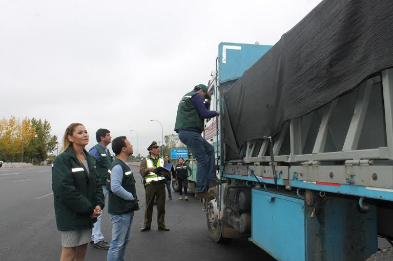 Realizan control carretero enmarcados en el Programa de Control Nacional Lobesia Botrana
