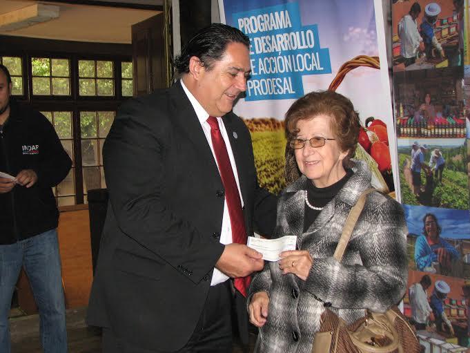 Agricultores de Talca recibieron apoyo para mejorar su producción