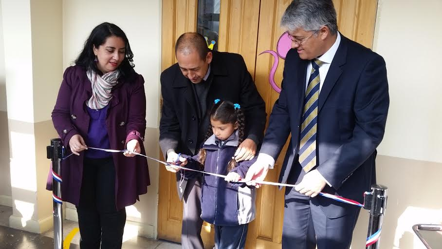 Colegio Jorge Alessandri en Curicó inauguró moderna biblioteca