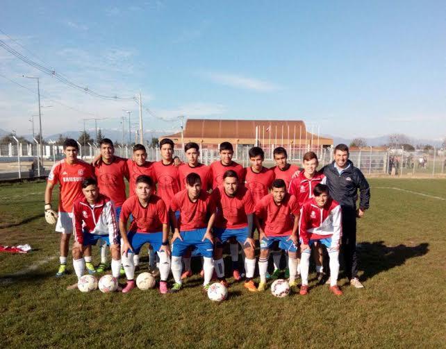 Escuela de Fútbol Municipal sigue sumando triunfos en Linares