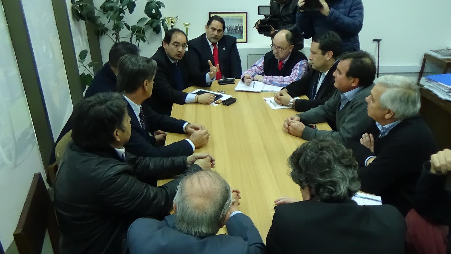 MOP avanza en proyecto de doble vía entre Ruta 5 y Constitución