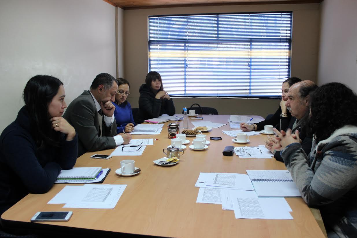 Director del Servicio de Salud Maule participó en Comisión Técnica del Programa Becas Maule