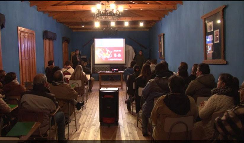 Cauquenes organizó encuentro folclórico de agrupaciones locales