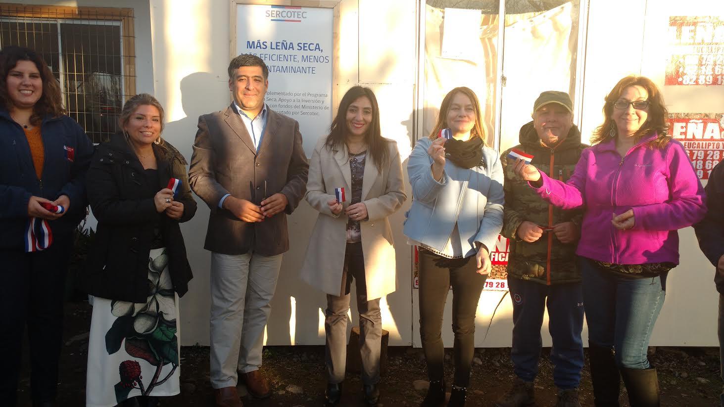 Autoridades de gobierno inauguran centro de acopio y secado de leña en Curicó