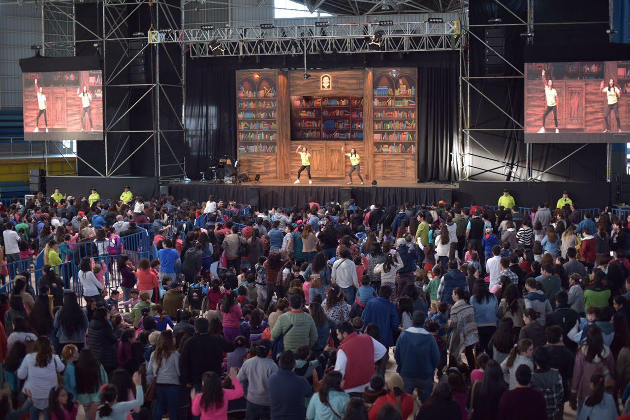 Talca cerró con éxito la celebración del Día del Niño en Gimnasio Regional