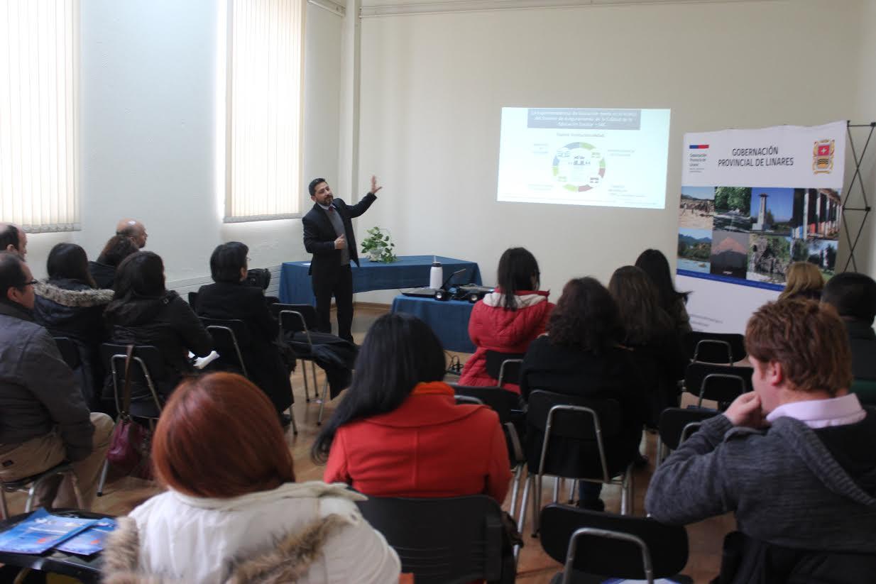 Superintendencia de Educación difunde su rol en jornadas Red OIRS en Talca, Curicó y Linares