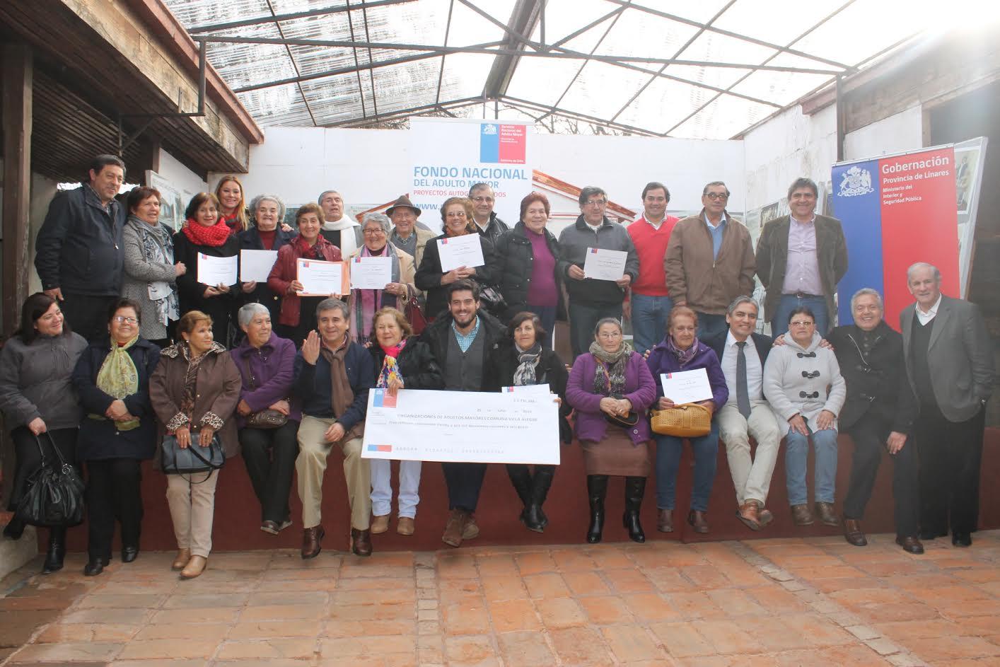 Más de 1170 adultos mayores de San Javier, Villa Alegre y Yerbas Buenas podrán realizar sus sueños con proyectos autogestionados