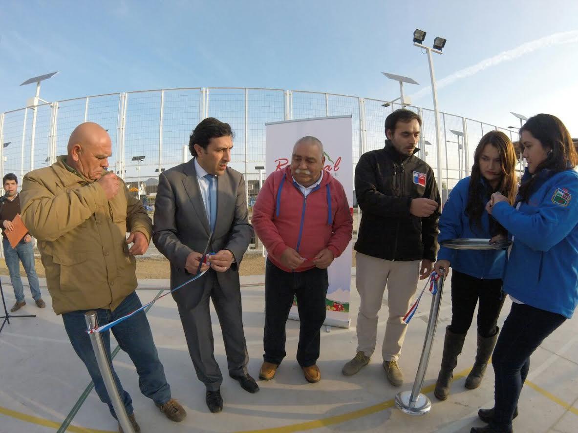En Romeral se inauguró nueva plaza y espacio deportivo