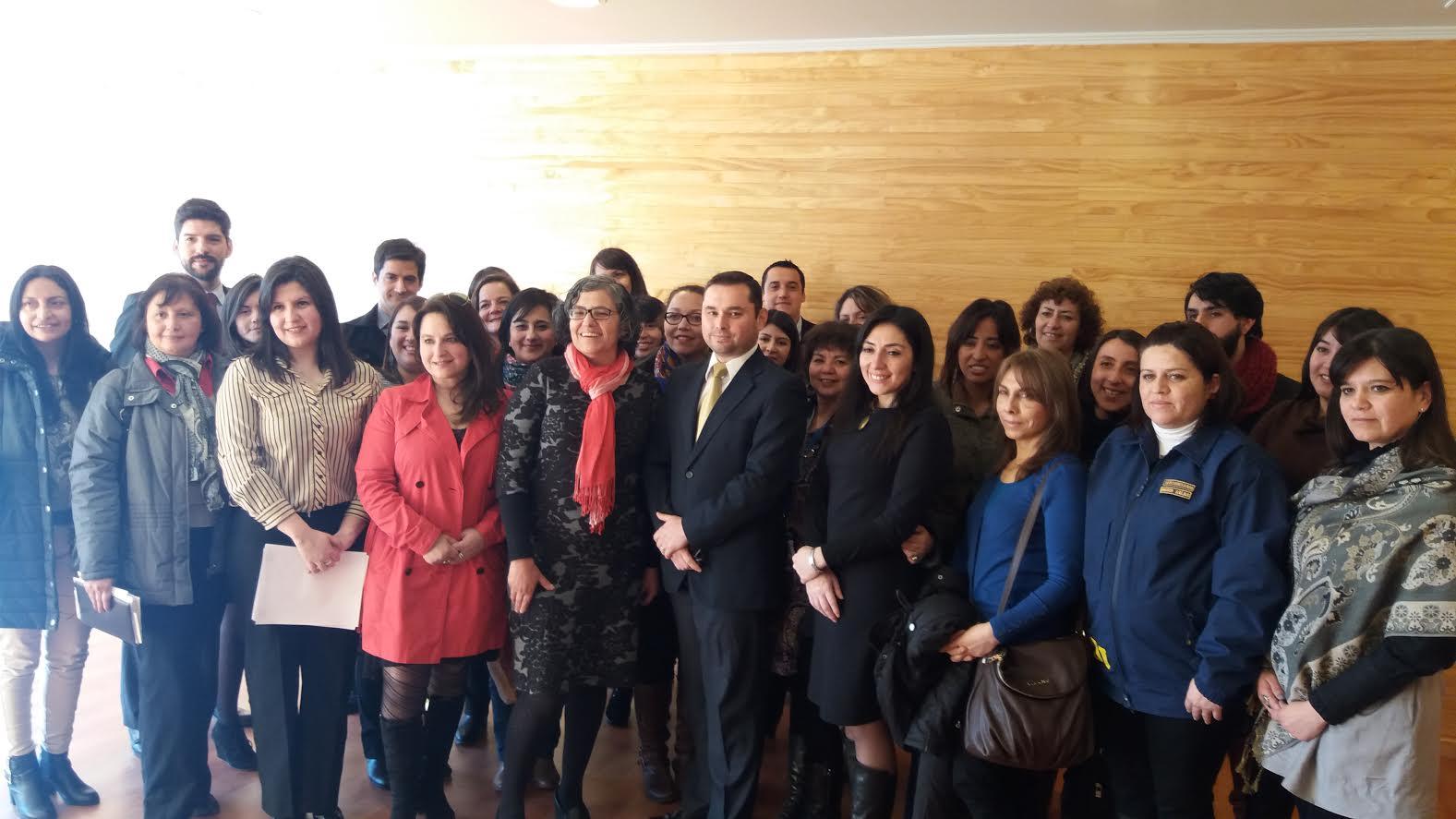 Conforman Mesa de Trabajo para prevenir violencia contra la mujer en Curicó