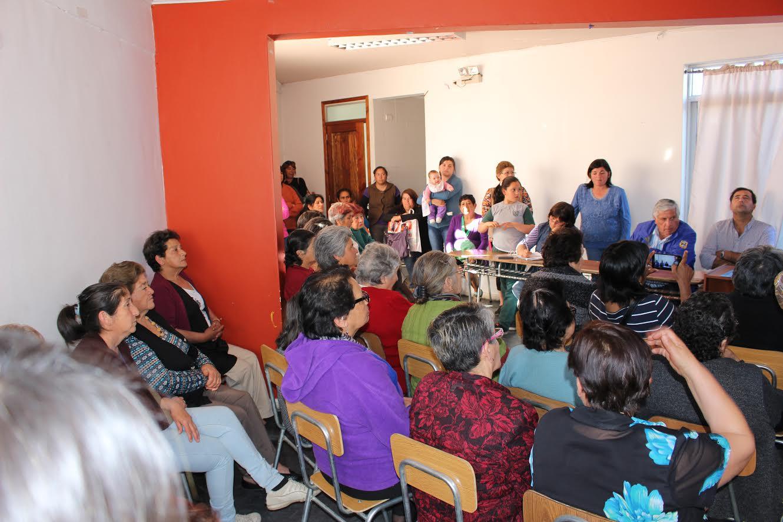 Municipalidad de Cauquenes entregó subvención a junta de vecinos de Población Bellavista