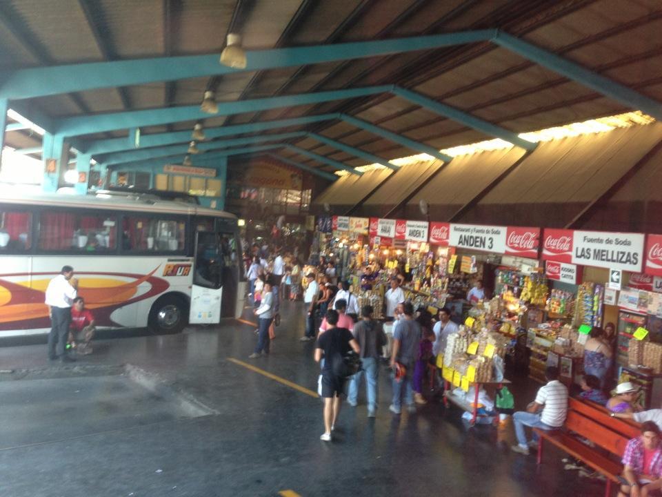 Vecinos denuncian incremento de episodios de violencia e inseguridad en terminal de buses de Talca y piden mayor control policial