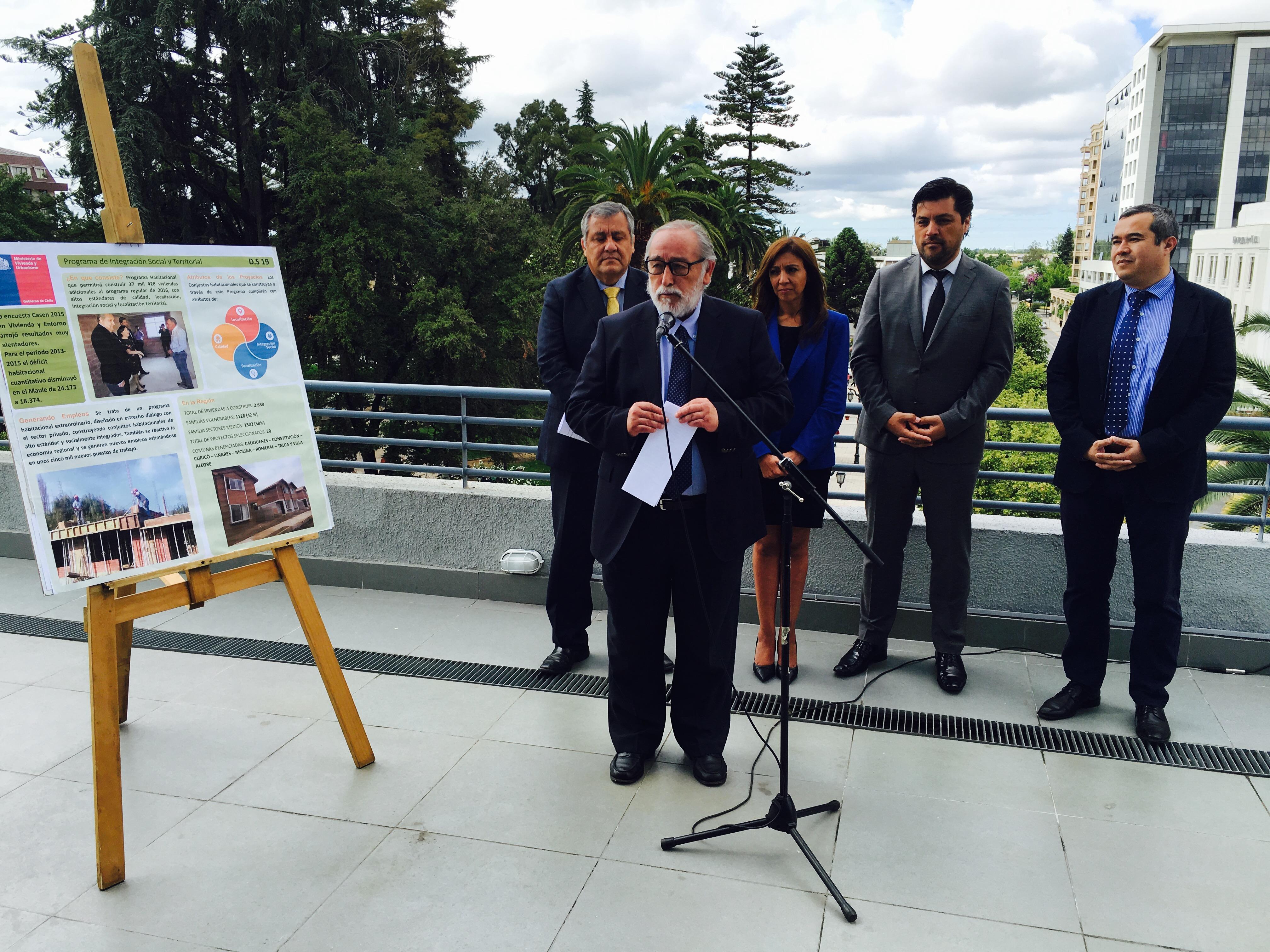Autoridades anuncian construcción de más de 2.600 nuevas viviendas para sectores medios y vulnerables