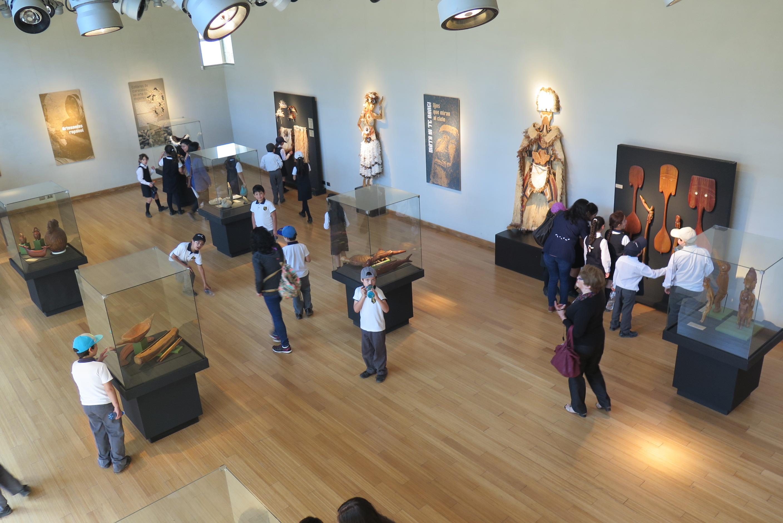 Hasta enero pueden disfrutar de muestra Rapa Nui en el Museo de Linares