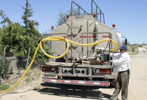 San Javier arrienda camión aljibe para reforzar reparto de agua a cerca de 700 familias