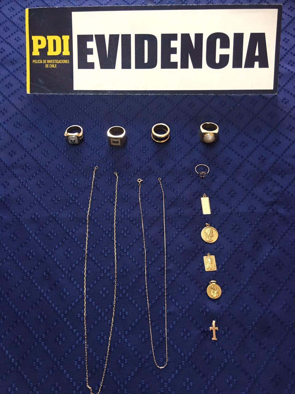 PDI Curicó recupera joyas sustraídas desde domicilio