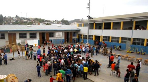 Constitución cierra sus albergues: Buscan soluciones para familias que aún no tienen casa