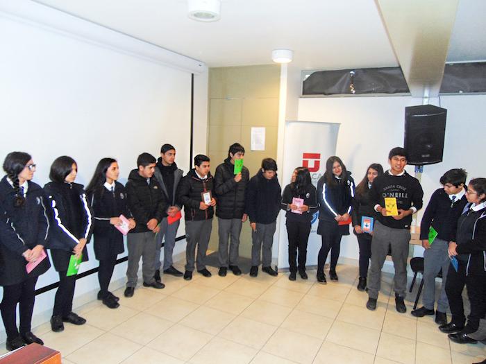 Inicia programa de acceso al inglés para jóvenes de escasos recursos
