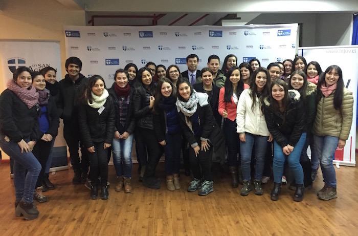 Jóvenes del Maule le dicen NO a la violencia en el pololeo en conversatorio del INJUV