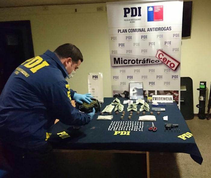 PDI Curicó detiene a sujeto por comercializar cocaína base