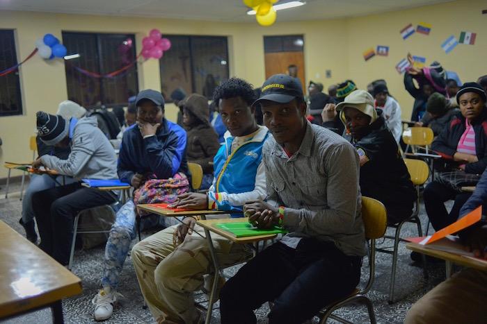 Municipalidad de Talca da clases de español a haitianos residentes en la comuna