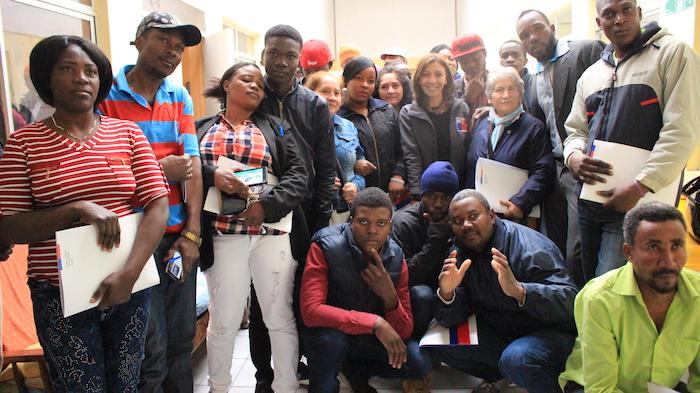 Haitianos removidos de predio en Longaví forman su propia empresa