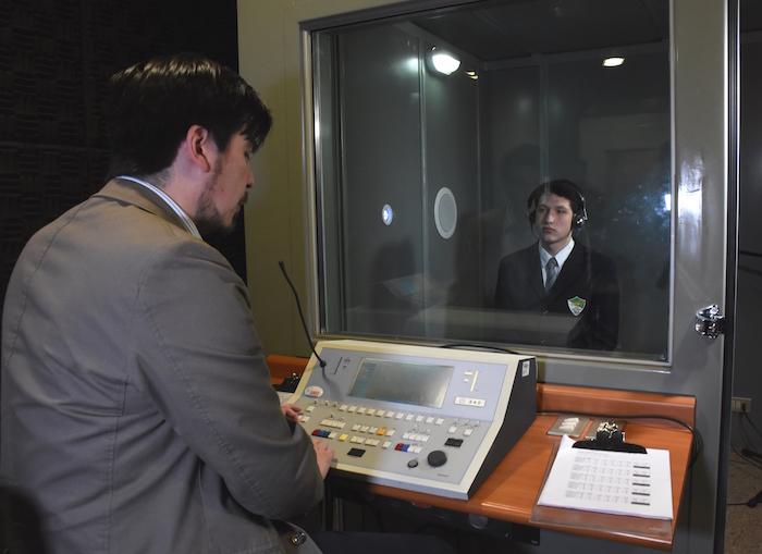 Clínica de Fonoaudiología de la Universidad de Talca realiza adaptación de audífonos para escolares maulinos