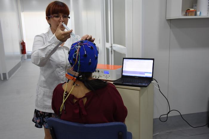 Desarrollan terapia que ayuda a recuperar el movimiento en pacientes con daño cerebral