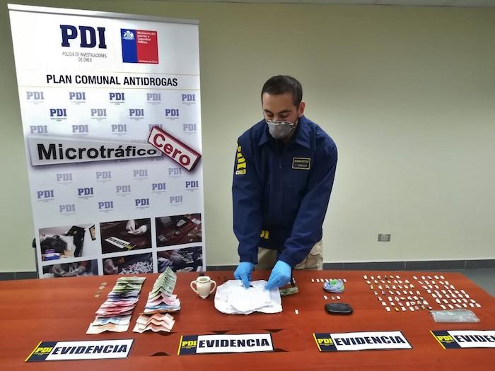 PDI desbarató foco de venta de cocaína base a escasos un metros de colegio