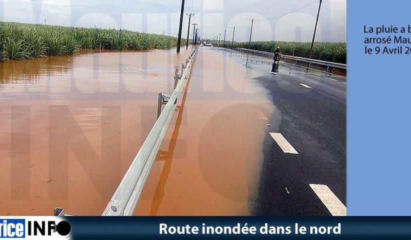 Route inondée dans le nord © SMF/ NDRRMC