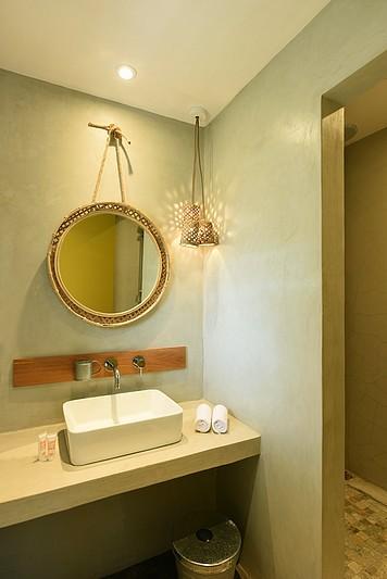 VT-Comfort-Bathroom-low