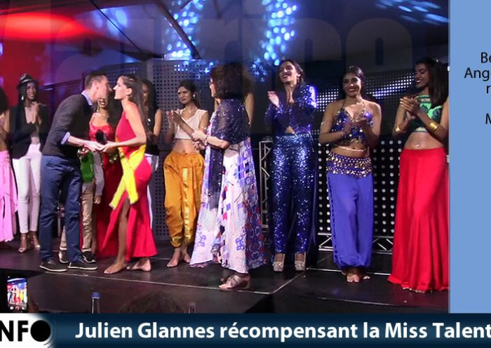 Julien Glannes récompensant la Miss Talent 2019