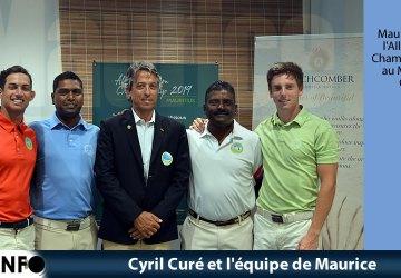 Cyril Curé et l'équipe de Maurice