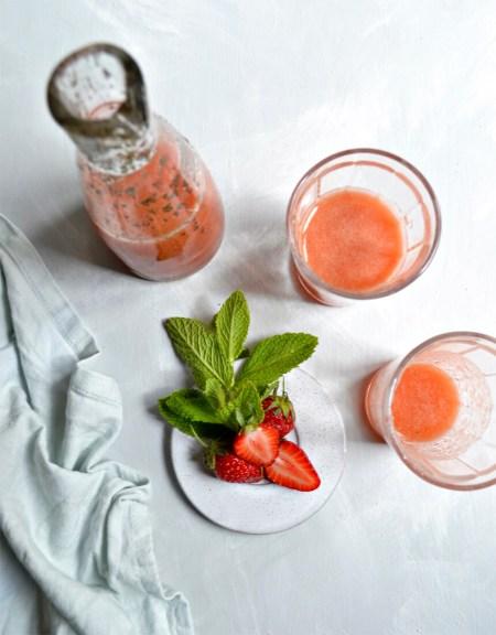 Jus pomme fraise menthe