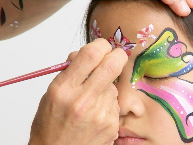Face Painting Behind the Scenes