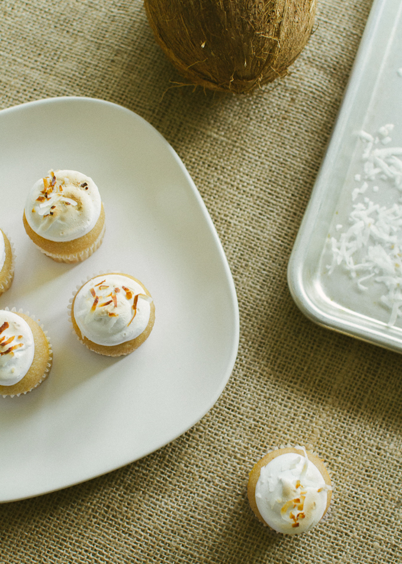 coconut toasted marshmallow cupcakes