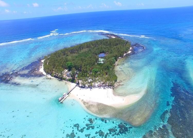 Ile des deux cocos in Mauritius