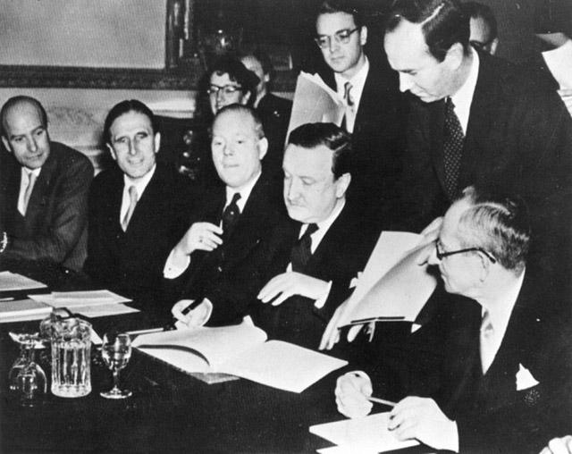 Der deutsche Vertreter bei den Verhandlungen όber die Regelung